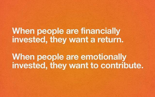 Quando le persone sono coinvolte emotivamente, vogliono contribuire - Simon Sinek